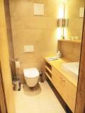 Adelaide B5 - bathroom 1