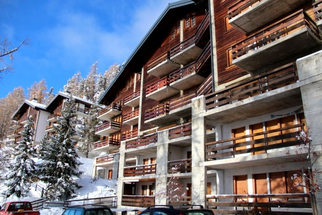 Les Roches CDE13 - ext neige